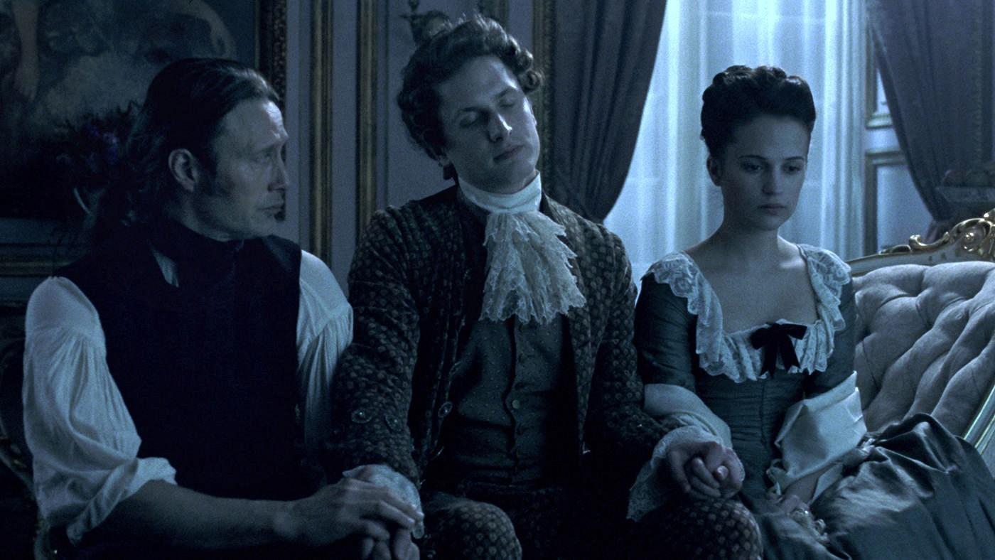 """Tráiler de """"A Royal Affair"""" con Mads Mikkelsen"""
